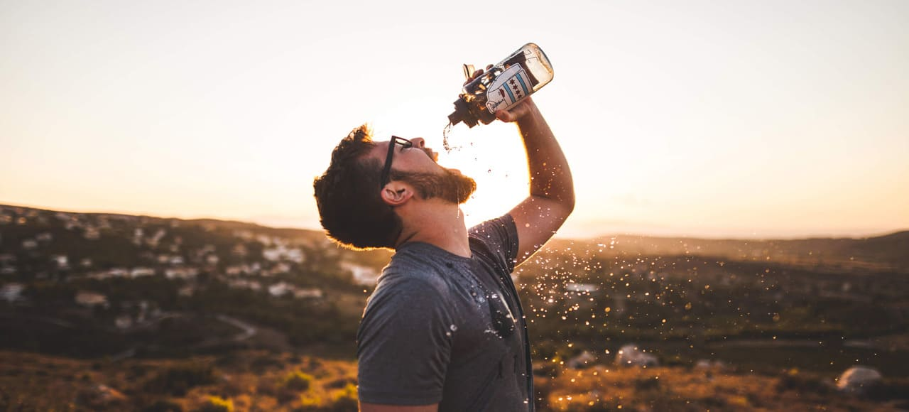 Drikkedunke til brug ved fysisk aktivitet